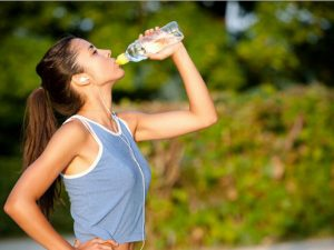 Bổ sung nước giúp tăng cân